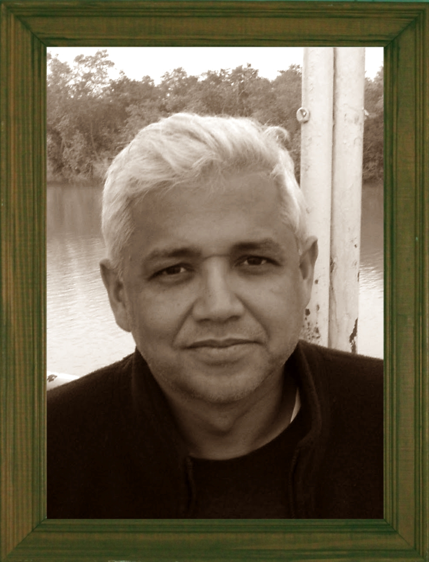 amitav ghosh Novelist amitav ghosh wonders why this staggering reality has yet to find its way not only into our daily consciousness and decision-making but also into our literature in his gripping nonfiction work the great derangement: climate change and the unthinkable, ghosh summons our imagination.